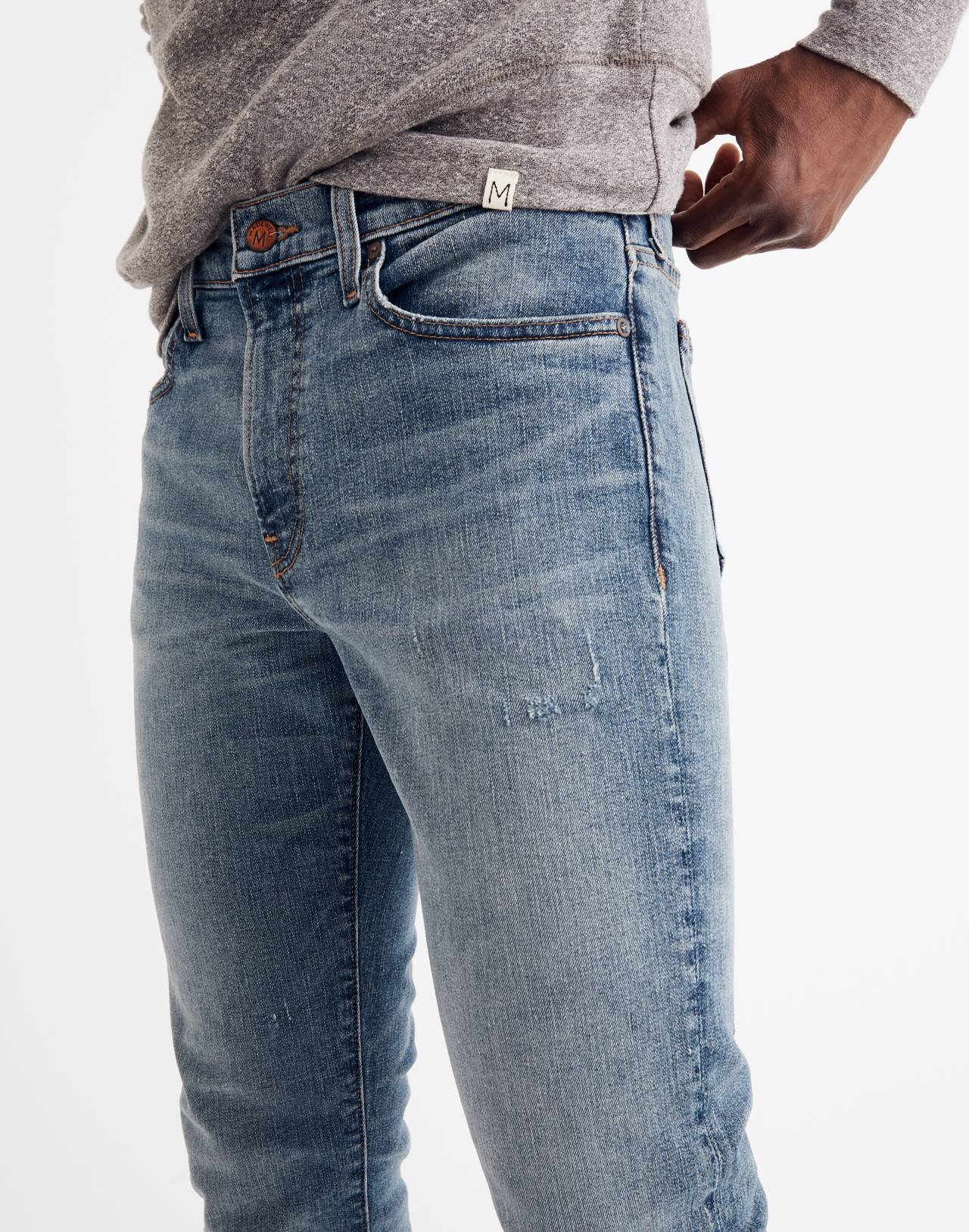 Slim Jeans in Santell Wash in santell image 3