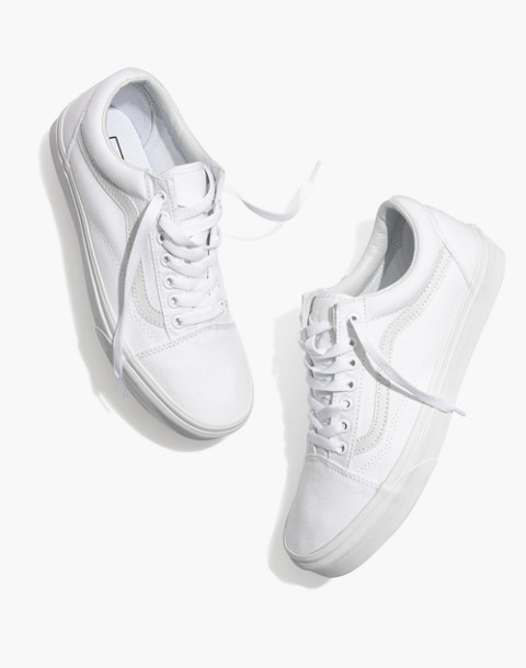 537883e87849 Vans reg  Unisex Old Skool Lace-Up Sneakers in Canvas and Suede in true  white