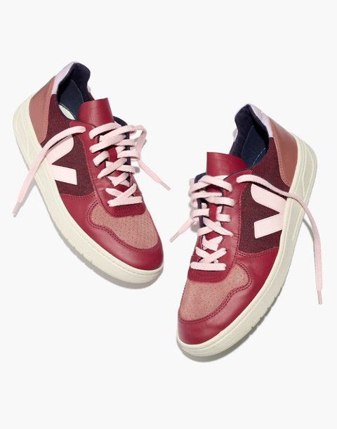 Veja™ V-10 Sneakers in Leather and Pixel in burgundy image 1