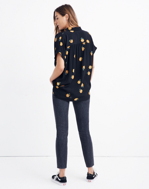 Drapey Central Shirt in Floating Florets in spaced classic black image 2