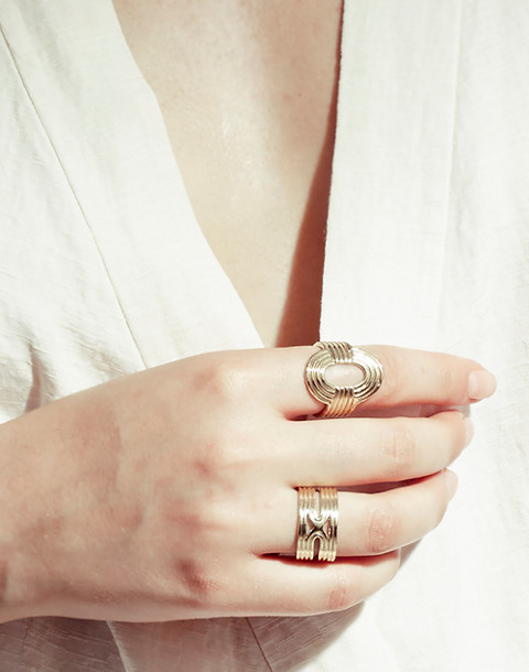 Odette New York® Aalto Ring in gold image 3