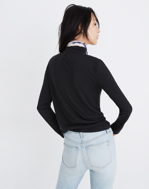Fine Ribbed Turtleneck Top in true black image 3
