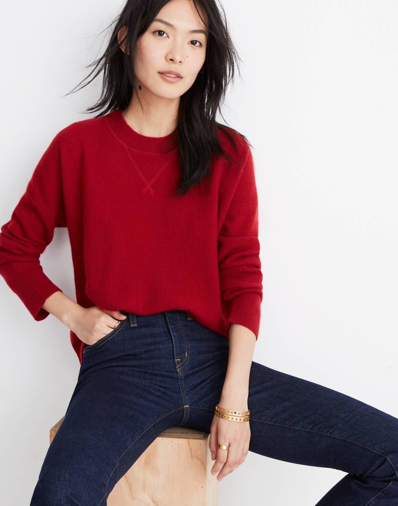 Cashmere Sweatshirt in crimson red image 1