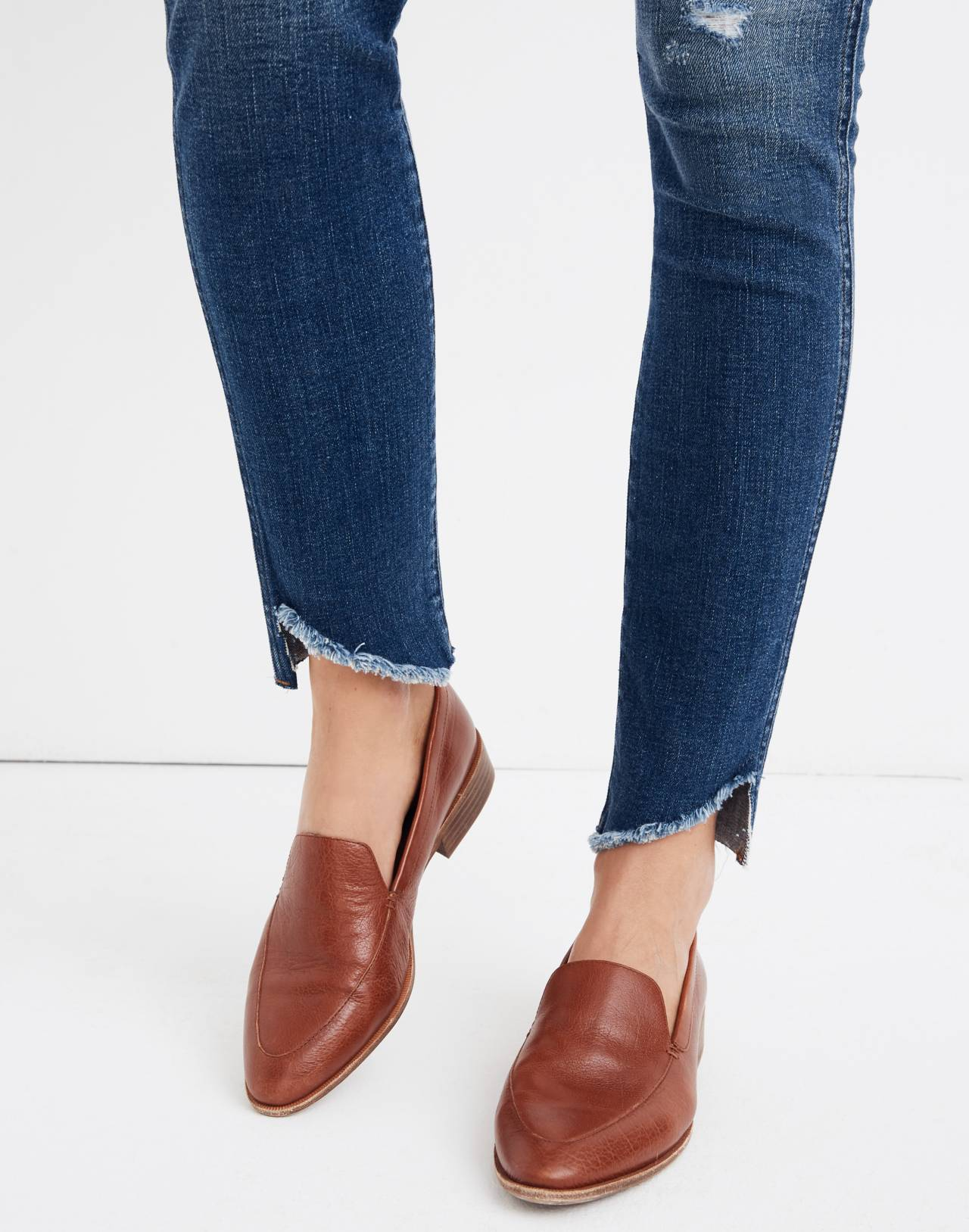 "10"" High-Rise Skinny Jeans: Cutout Tulip Hem Edition in matson wash image 3"