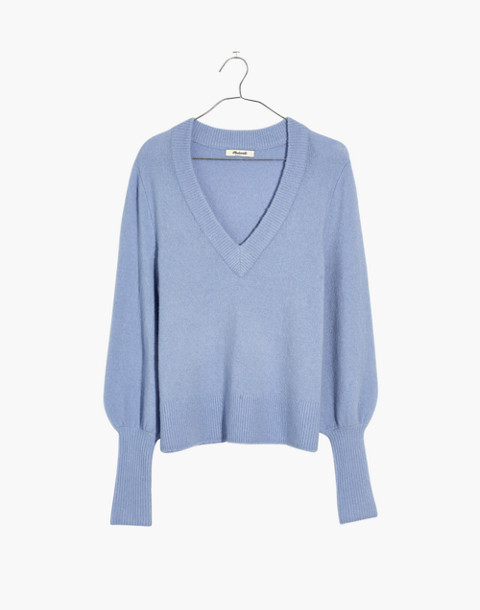 Dashwood V-Neck Sweater in Coziest Yarn in heather perri image 4
