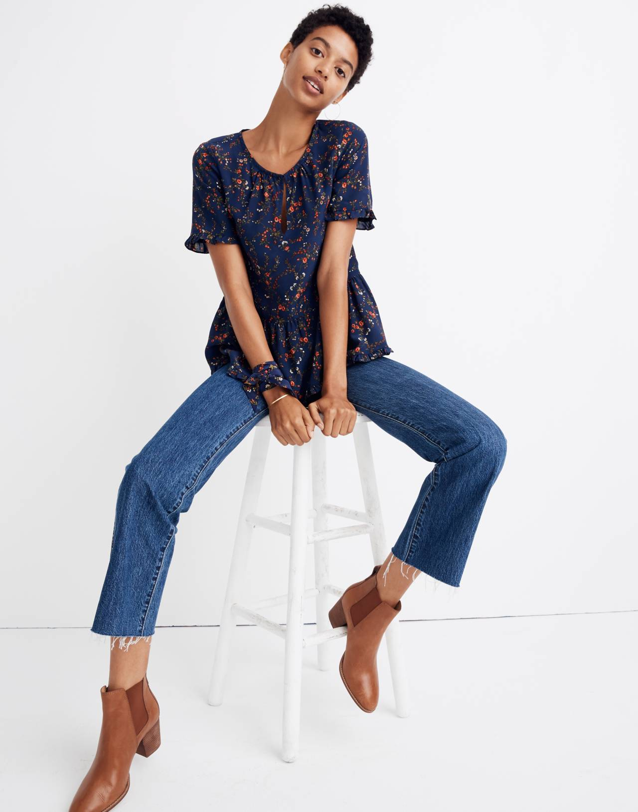Silk Stanza Ruffle-Hem Top in Moonless Floral in whisper moonless night image 3
