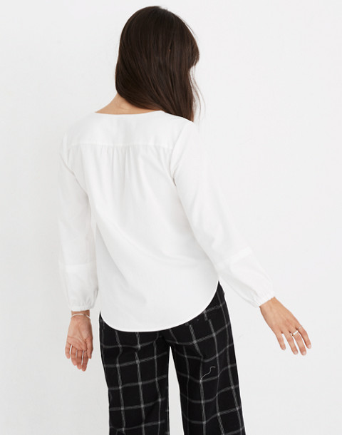 V-Neck Button-Down Shirt in White in pure white image 3