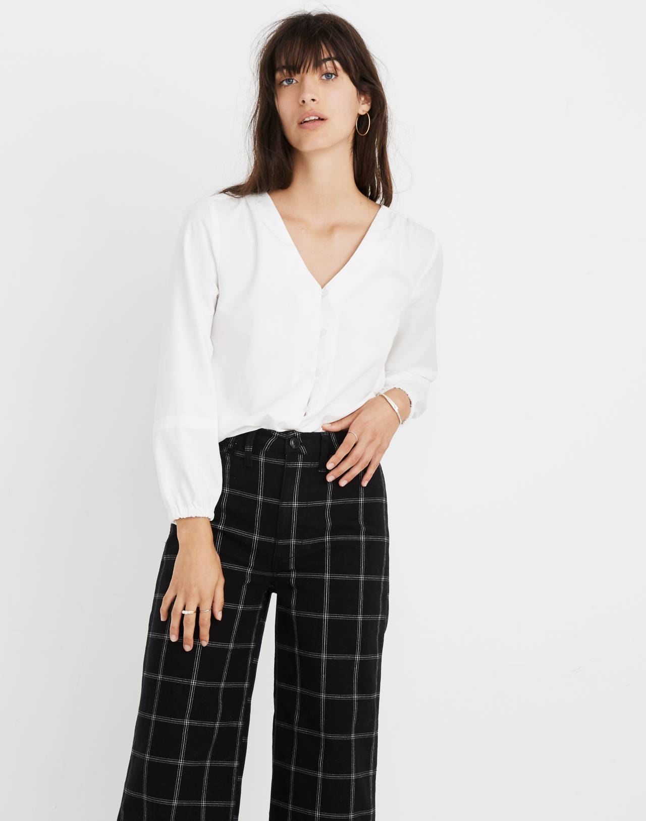 V-Neck Button-Down Shirt in White in pure white image 1