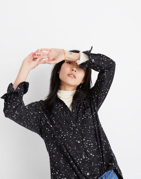 Oversized Ex-Boyfriend Shirt in Star Print in galaxy star true black image 1