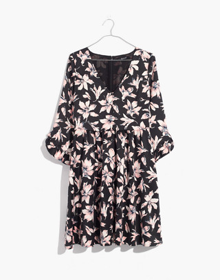 Moonblossom Ruffle-Sleeve Dress in Winter Orchid in brigette true black image 4