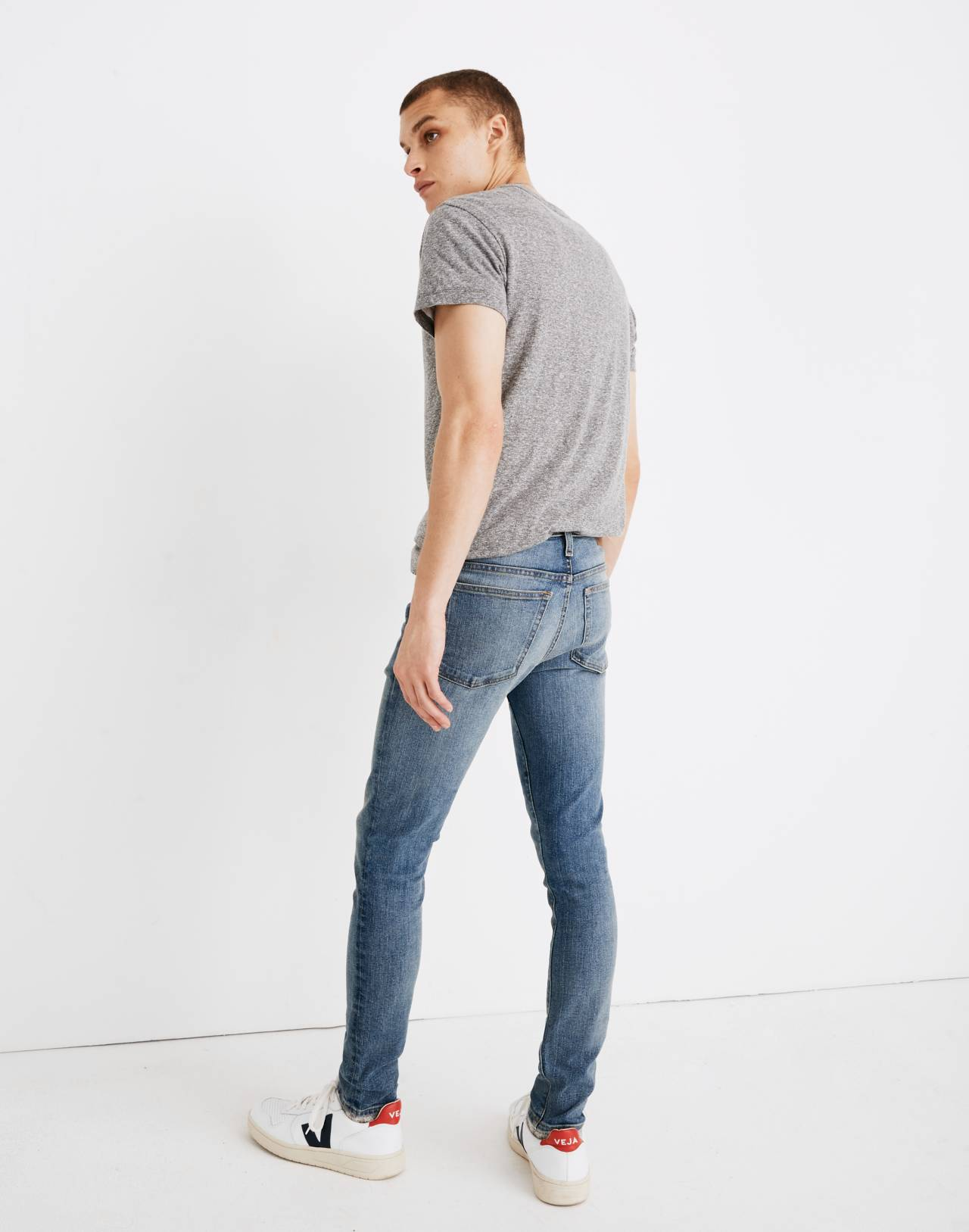 Skinny Jeans in Baywood Wash in baywood wash image 3