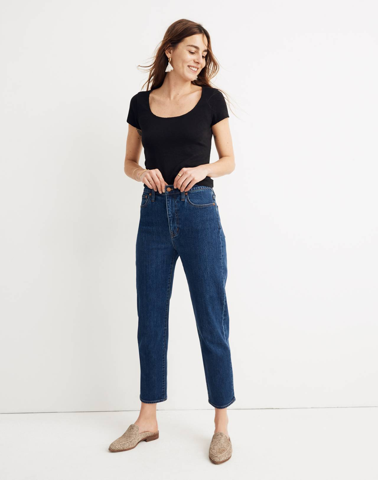 Tapered Jeans in Bellclaire Wash in belclaire wash image 2