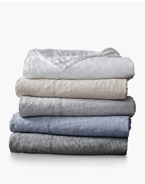 Coyuchi® Organic Linen Chambray Full/Queen Duvet Cover in white image 3