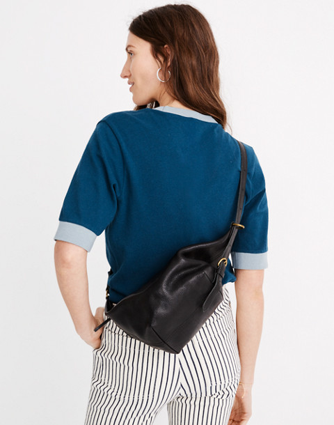 The Leather Sling Bag in true black image 2
