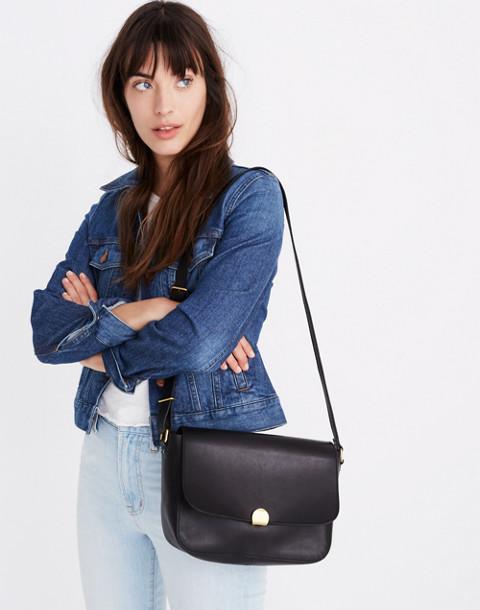 The Abroad Shoulder Bag in true black image 3