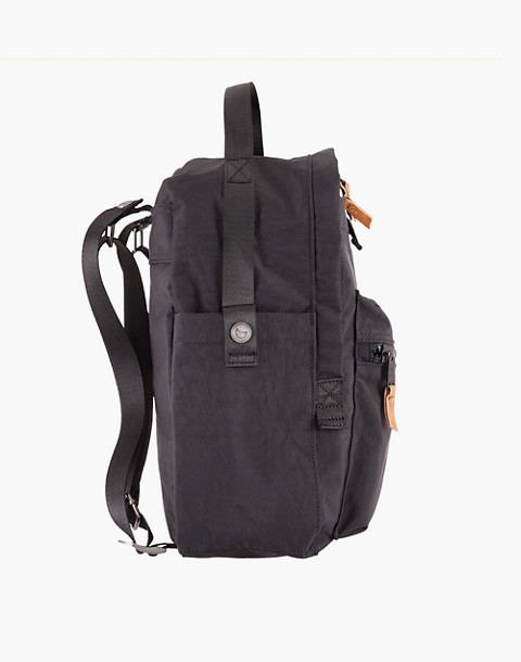 LOLA™ Mondo Escapist Large Backpack in black image 3