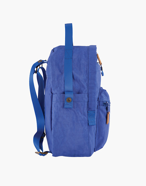 LOLA™ Mondo Escapist Large Backpack in blue image 3