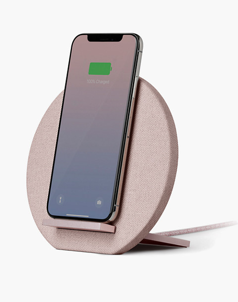 NATIVE UNION™ Dock Wireless iPhone® Charger in pink image 2