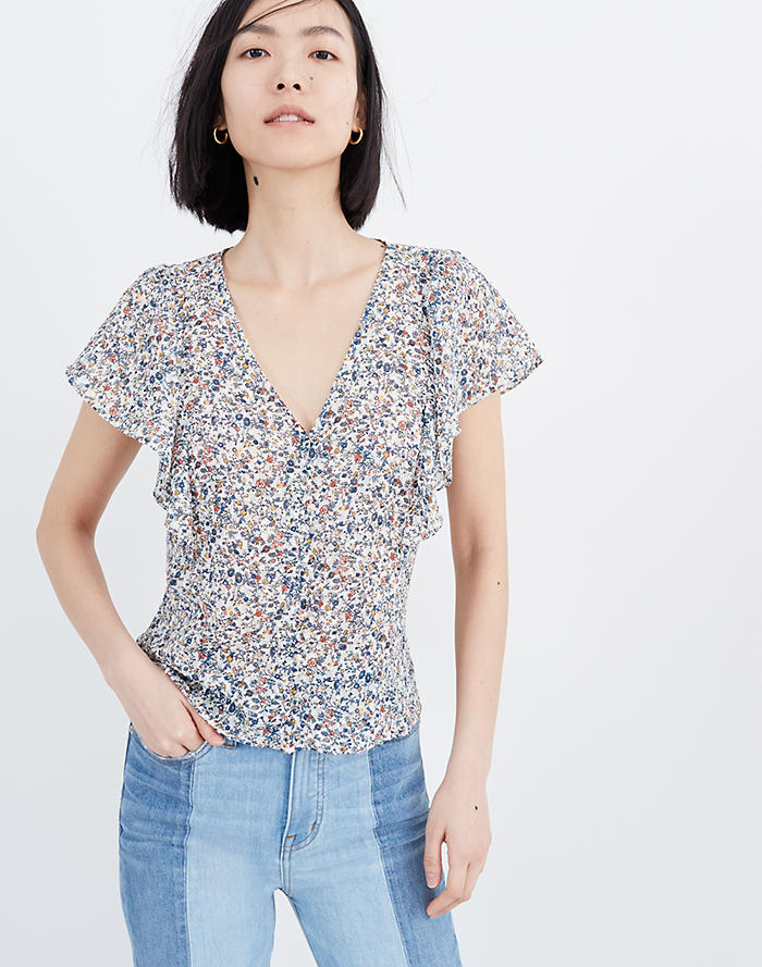 1d110a58c55 Carmelina Flutter-Sleeve Top in Blossoming Vines