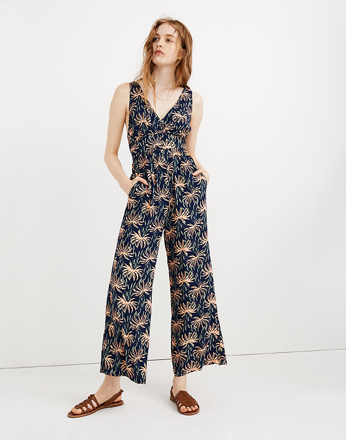 16ebe9bc278f V-Back Wide-Leg Jumpsuit in Oasis Palms