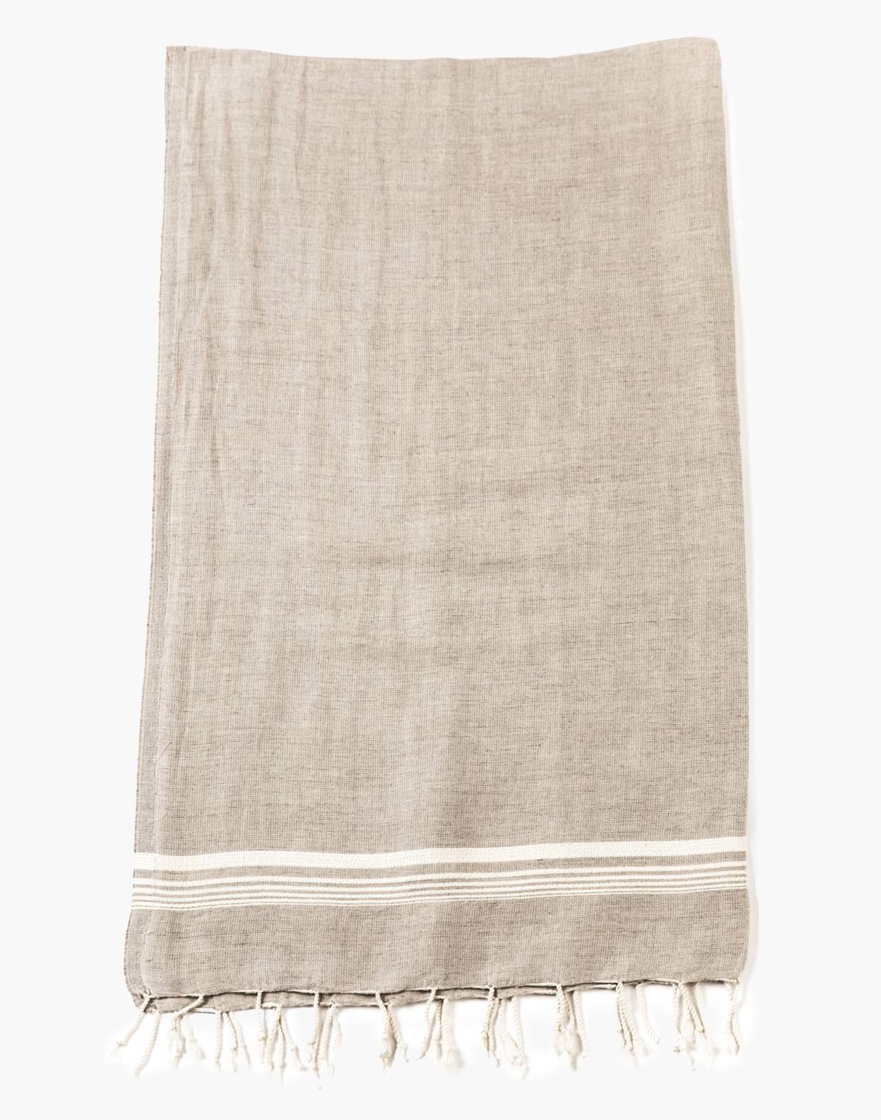 HOUSE No. 23™ Oli Towel in white image 2