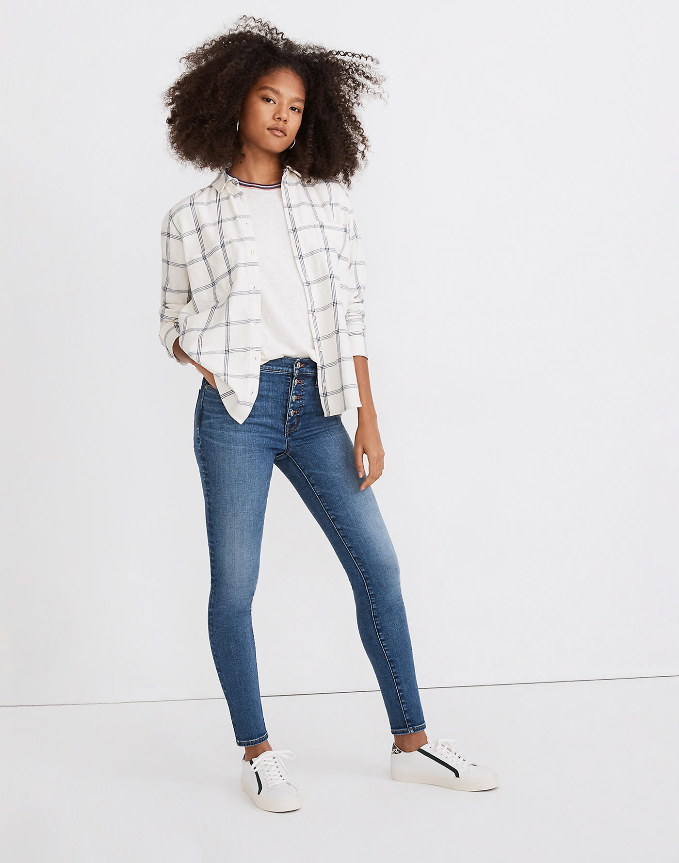 Madewell 9 Mid-Rise Skinny Jeans in Payson Wash: Button-Front Edition