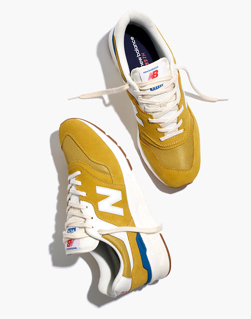 New Balance® Unisex 996 Sneakers in Varsity Gold