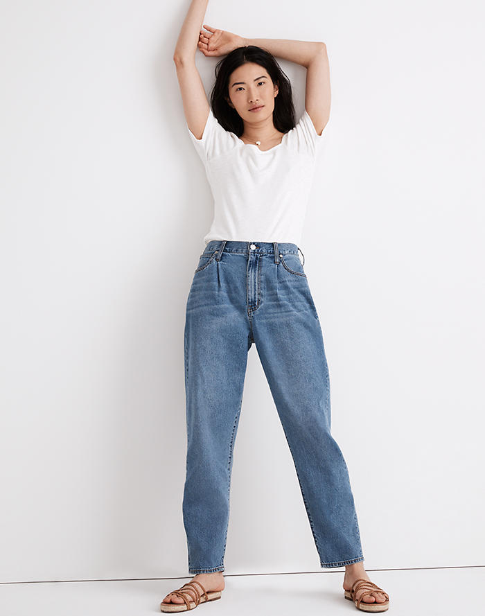 Madewell Baggy Tapered Jeans in Jewell Wash