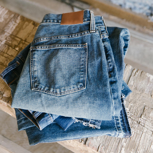 out-of-office-team-madewell-builds-homes-with-recycled-jeans-1